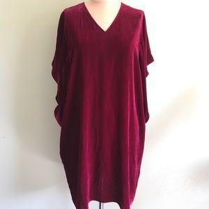 Eileen Fisher velvet cocoon dress 🌺